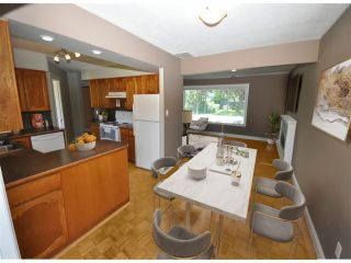 """Photo 4: 15141 DOVE Place in Surrey: Bolivar Heights House for sale in """"Birdland"""" (North Surrey)  : MLS®# R2547199"""