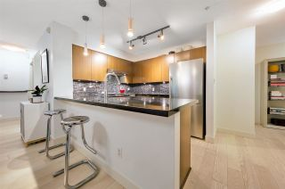 """Photo 10: 105 2161 W 12TH Avenue in Vancouver: Kitsilano Condo for sale in """"THE CARLINGS"""" (Vancouver West)  : MLS®# R2590728"""