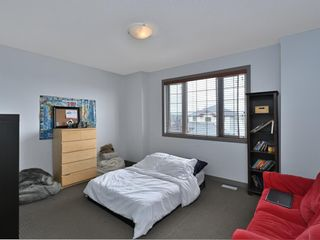 Photo 32: 45 Crestbrook Hill SW in Calgary: Crestmont Detached for sale : MLS®# A1141803