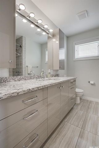 Photo 25: 327 Whiteswan Drive in Saskatoon: Lawson Heights Residential for sale : MLS®# SK870005
