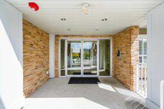 """Photo 5: 207 6490 194 Street in Surrey: Clayton Condo for sale in """"Waterstone- Esplanade Grande"""" (Cloverdale)  : MLS®# R2581098"""