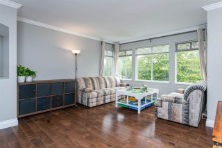 """Photo 6: 1 10238 155A Street in Surrey: Guildford Townhouse for sale in """"Chestnut Lane"""" (North Surrey)  : MLS®# R2499235"""