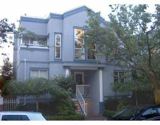 """Photo 1: 11 877 W 7TH AV in Vancouver: Fairview VW Townhouse for sale in """"EMERALD COURT"""" (Vancouver West)  : MLS®# V601474"""