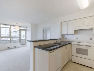 """Photo 19: 720 2799 YEW Street in Vancouver: Kitsilano Condo for sale in """"TAPESTRY AT THE O'KEEFE"""" (Vancouver West)  : MLS®# R2605737"""