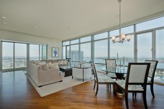 Photo 2: DOWNTOWN Condo for sale : 3 bedrooms : 165 6th Ave #2703 in San Diego