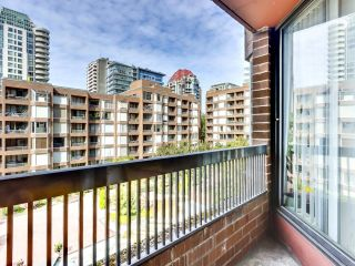 """Photo 10: 616 1333 HORNBY Street in Vancouver: Downtown VW Condo for sale in """"ANCHOR POINT"""" (Vancouver West)  : MLS®# R2620543"""