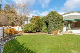 Photo 3: 2881 Young Pl in VICTORIA: La Glen Lake Half Duplex for sale (Langford)  : MLS®# 780150