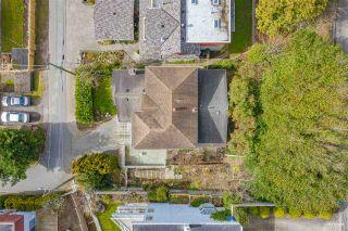 Photo 4: 15643 MOFFAT Lane: White Rock House for sale (South Surrey White Rock)  : MLS®# R2541627