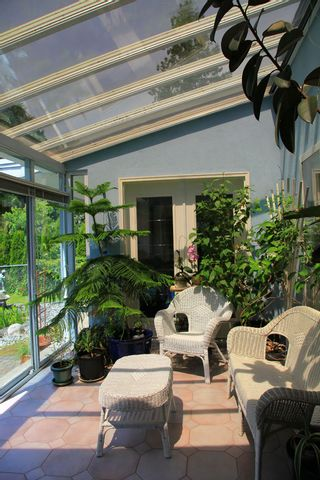 Photo 13: 1462 Cardinal Lane in White Rock: Home for sale