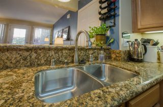Photo 5: CLAIREMONT Condo for sale : 2 bedrooms : 5252 Balboa Arms #122 in San Diego