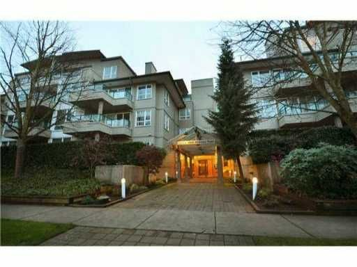 "Main Photo: 302 5800 ANDREWS Road in Richmond: Steveston South Condo for sale in ""THE VILLAS"" : MLS®# V1004286"