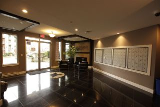 Photo 5: c403- 20211 66 Ave in Langley: Willoughby Heights Condo for sale : MLS®# R2356375