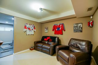 Photo 14: 21654 89A Avenue in Langley: Walnut Grove House for sale : MLS®# R2414875