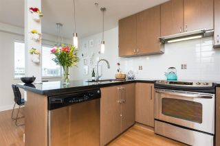 Photo 6: 306 15775 CROYDON Drive in Surrey: Grandview Surrey Condo for sale (South Surrey White Rock)  : MLS®# R2258973
