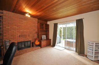 """Photo 9: 6833 CHALET Court in Delta: Sunshine Hills Woods House for sale in """"SUNSHINE HILLS"""" (N. Delta)  : MLS®# F1105430"""
