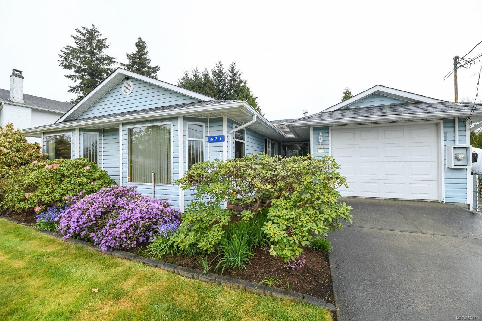 Main Photo: 627 23rd St in : CV Courtenay City House for sale (Comox Valley)  : MLS®# 874464