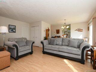 Photo 3: 6734 Eakin Dr in SOOKE: Sk Broomhill House for sale (Sooke)  : MLS®# 807758