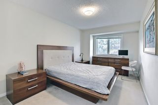Photo 36: 1650 Westmount Boulevard NW in Calgary: Hillhurst Semi Detached for sale : MLS®# A1136504