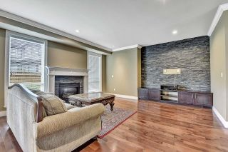 Photo 4: 7866 164A Street in Surrey: Fleetwood Tynehead House for sale : MLS®# R2608460