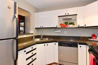 "Photo 11: 302 1273 MERKLIN Street: White Rock Condo for sale in ""CLIFTON LANE"" (South Surrey White Rock)  : MLS®# R2064744"