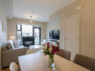 Photo 3: 3782 COMMERCIAL STREET in Vancouver: Victoria VE Townhouse for sale (Vancouver East)  : MLS®# R2258511