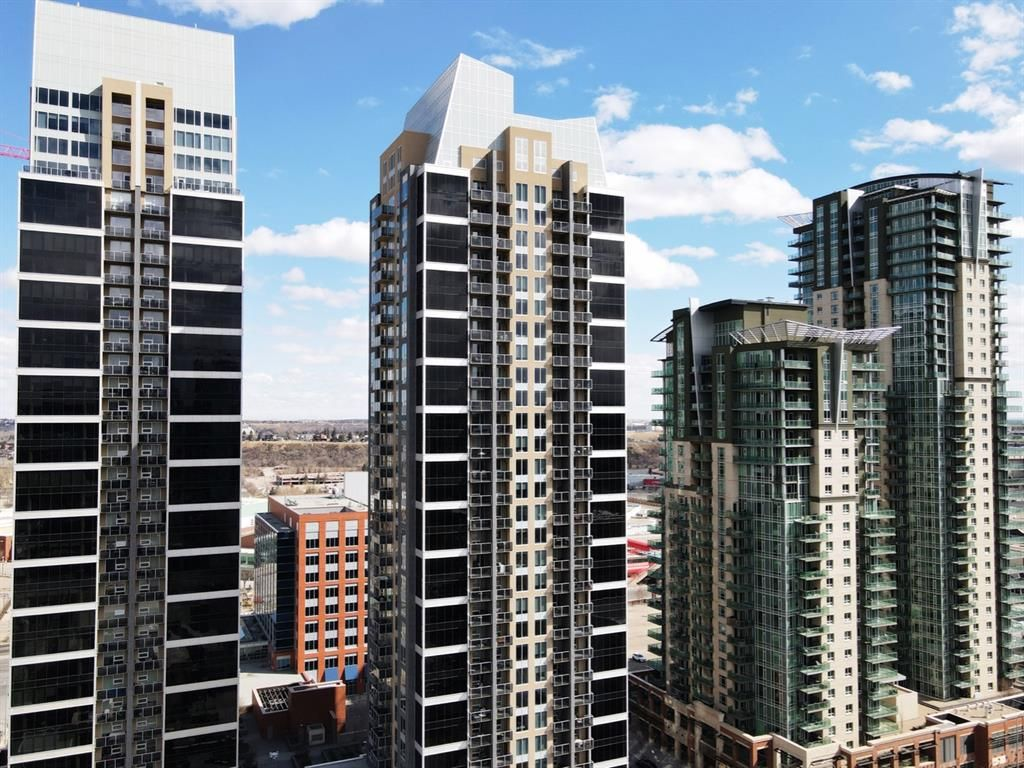 Main Photo: 2104 1320 1 Street SE in Calgary: Beltline Apartment for sale : MLS®# A1093406