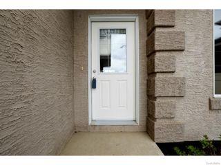 Photo 3: 8029 SHORTGRASS Bay in Regina: Fairways West Residential for sale : MLS®# SK611118
