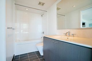 """Photo 15: 508 522 W 8TH Avenue in Vancouver: Fairview VW Condo for sale in """"CROSSROADS"""" (Vancouver West)  : MLS®# R2193198"""