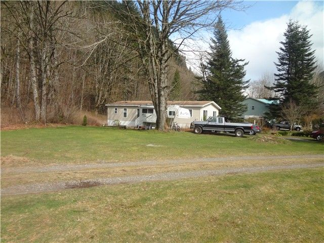 Photo 11: Photos: 58597 LOUGHEED Highway: Agassiz Manufactured Home for sale : MLS®# H1401102