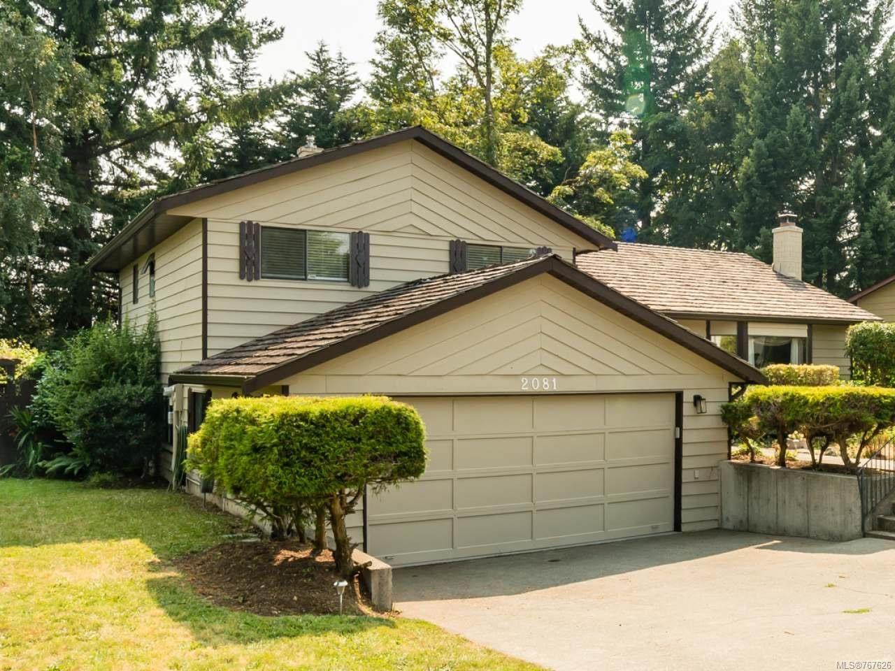Main Photo: 2081 Noel Ave in COMOX: CV Comox (Town of) House for sale (Comox Valley)  : MLS®# 767626