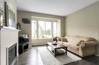 """Photo 3: 39 9133 SILLS Avenue in Richmond: McLennan North Townhouse for sale in """"LEIGHTON GREEN"""" : MLS®# R2172228"""