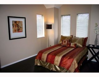 """Photo 6: 26 98 BEGIN Street in Coquitlam: Maillardville Townhouse for sale in """"LE PARE"""" : MLS®# V718679"""