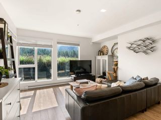 """Photo 4: 306 37881 CLEVELAND Avenue in Squamish: Downtown SQ Condo for sale in """"THE MAIN"""" : MLS®# R2608145"""