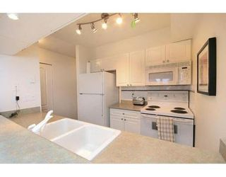 Photo 6: # 208 2490 W 2ND AV in Vancouver: Condo for sale : MLS®# V672618