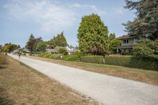"""Photo 28: 2648 O'HARA Lane in Surrey: Crescent Bch Ocean Pk. House for sale in """"Crescent Beach"""" (South Surrey White Rock)  : MLS®# R2494071"""