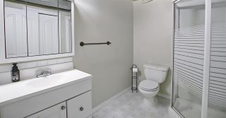 Photo 33: 219 HOLLINGER Close NW in Edmonton: Zone 35 House for sale : MLS®# E4243524