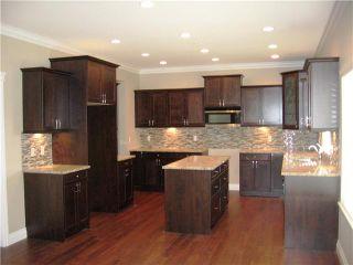 Photo 2: 11179 CREEKSIDE Street in Maple Ridge: Cottonwood MR House for sale : MLS®# V886136