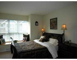 """Photo 5: 37 7128 STRIDE Avenue in Burnaby: Edmonds BE Townhouse for sale in """"RIVERSTONE"""" (Burnaby East)  : MLS®# V677048"""