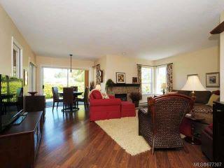 Photo 2: 555 Fairways Pl in COBBLE HILL: ML Cobble Hill Half Duplex for sale (Malahat & Area)  : MLS®# 677307