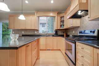 "Photo 9: 21693 90A Avenue in Langley: Walnut Grove House for sale in ""Madison Park"" : MLS®# R2215908"