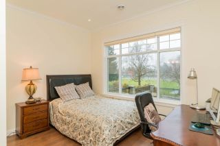 """Photo 10: 4146 GILPIN Crescent in Burnaby: Garden Village House for sale in """"GARDEN VILLAGE"""" (Burnaby South)  : MLS®# R2424746"""
