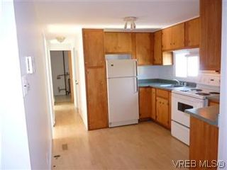 Photo 5: 24 2615 Otter Point Rd in SOOKE: Sk Broomhill Manufactured Home for sale (Sooke)  : MLS®# 569509