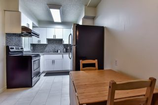 Photo 3: 962 HOWIE Avenue in Coquitlam: Central Coquitlam Townhouse for sale : MLS®# R2243466