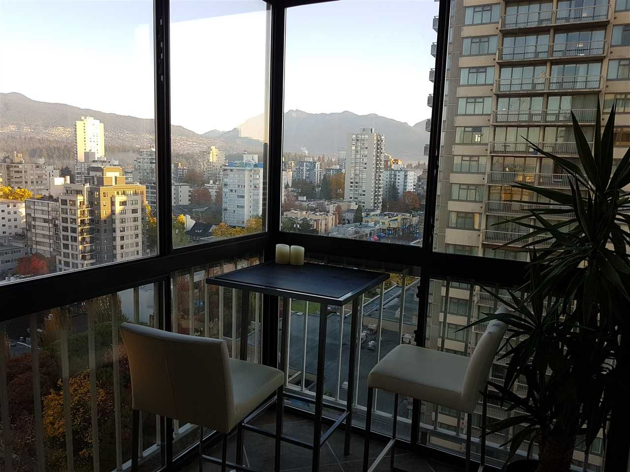 """Photo 2: Photos: 1603 1740 COMOX Street in Vancouver: West End VW Condo for sale in """"THE SANDPIPPER"""" (Vancouver West)  : MLS®# R2217411"""