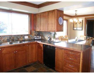 Photo 3: 38800 NEWPORT Road in Squamish: Dentville House for sale : MLS®# V709187