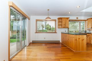 Photo 7: 2529 126 Street in Surrey: Crescent Bch Ocean Pk. House for sale (South Surrey White Rock)  : MLS®# R2057432