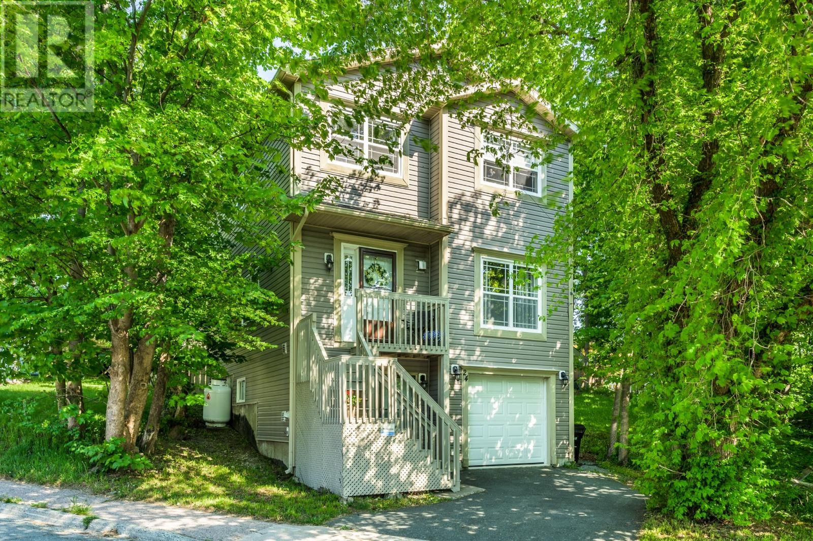Main Photo: 24 Shaw Street in St. John's: House for sale : MLS®# 1232000
