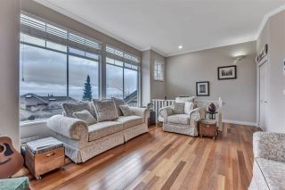 """Photo 3: 20 2979 PANORAMA Drive in Coquitlam: Westwood Plateau Townhouse for sale in """"DEERCREST"""" : MLS®# R2545272"""
