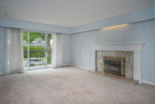 """Photo 3: 4437 ATLEE Avenue in Burnaby: Deer Lake Place House for sale in """"DEER LAKE PLACE"""" (Burnaby South)  : MLS®# R2586875"""