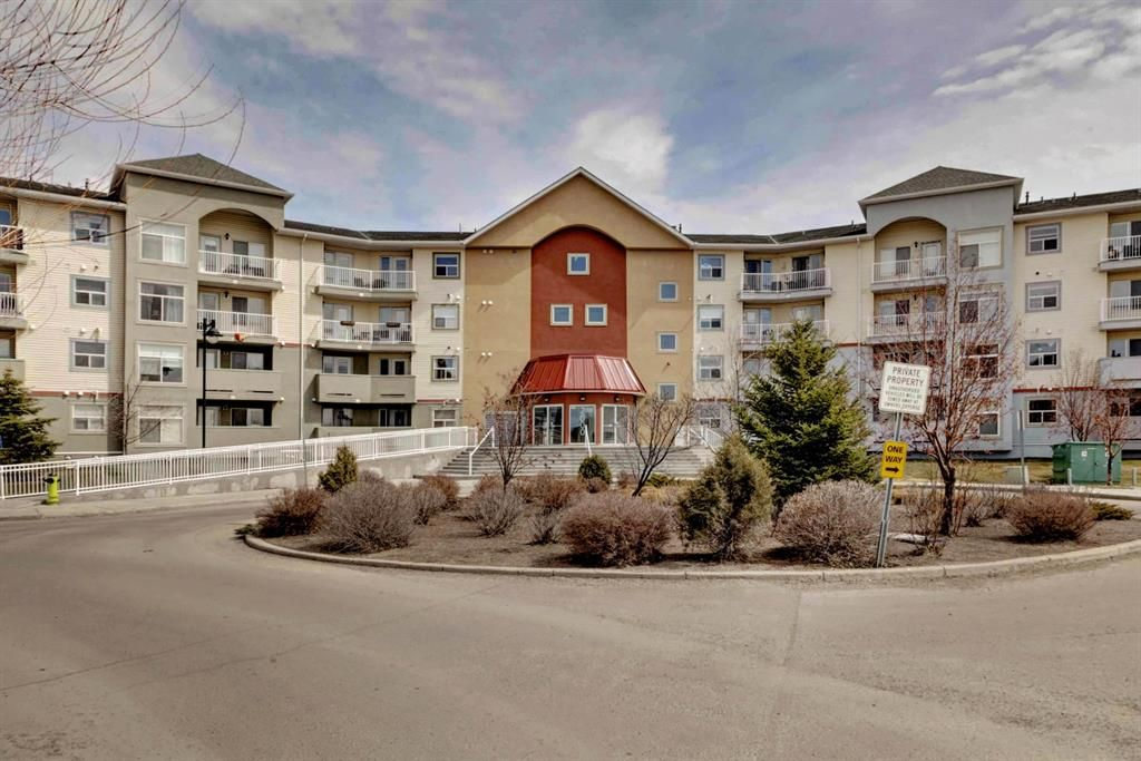 Main Photo: 2223 700 WILLOWBROOK Road NW: Airdrie Apartment for sale : MLS®# A1021548